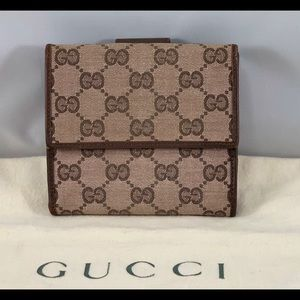 GUCCI GG Supreme Dual sided Wallet